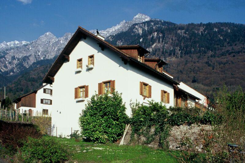 Haus 123