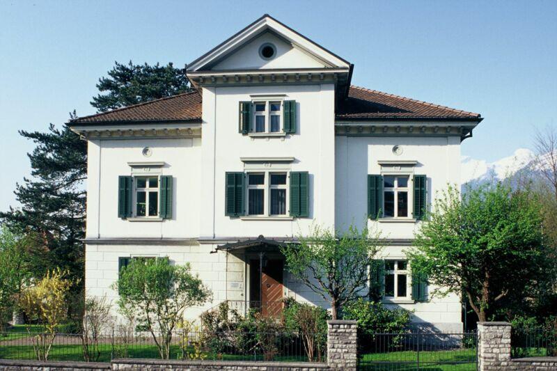 Haus 184